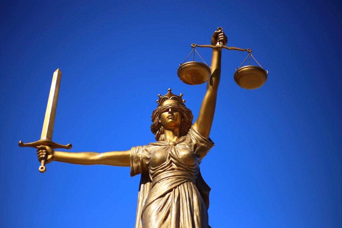 W czym zdoła nam pomóc radca prawny? W jakich kwestiach i w jakich kompetencjach prawa wspomoże nam radca prawny?